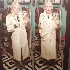 Rad, VINTAGE, cream, wool coat w/ leather detail!!
